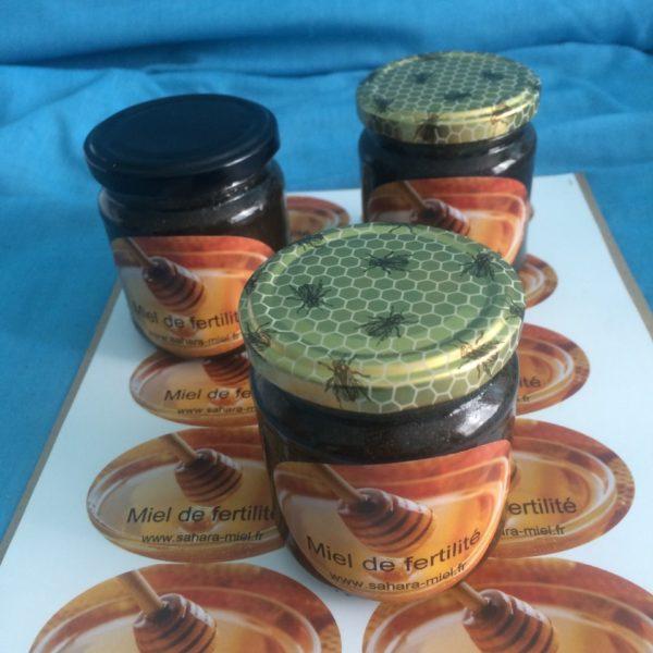Miel de fertilité 250g mélanger avec des  plantes naturel